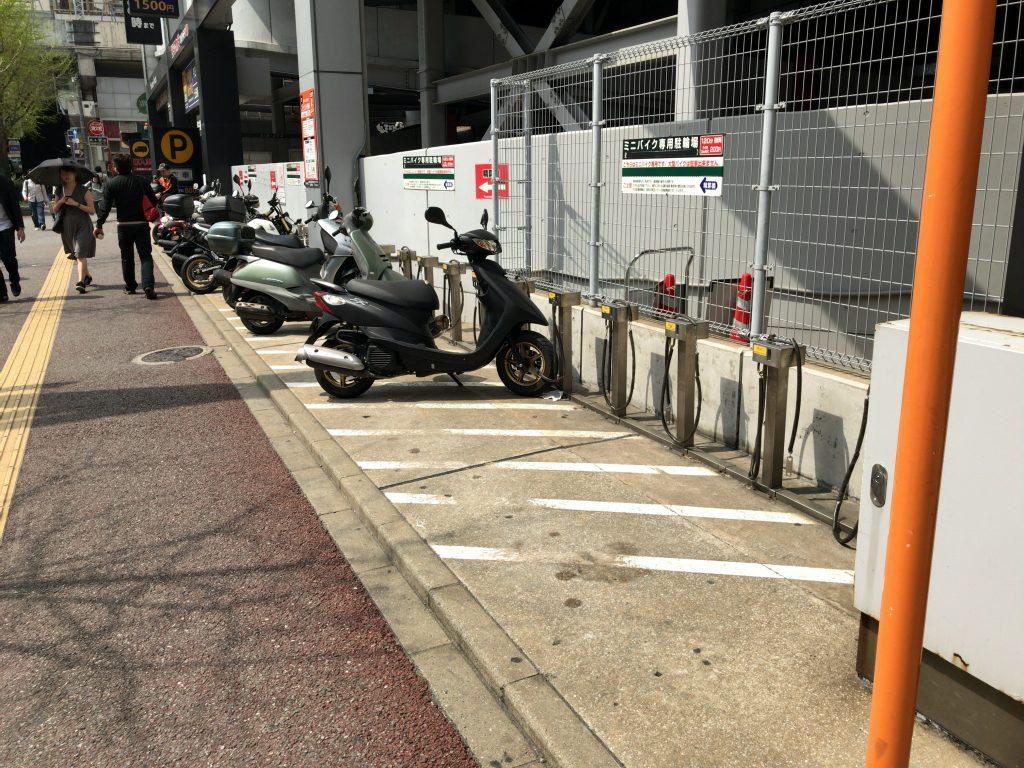 ヨドバシカメラマルチメディア博多駐輪場