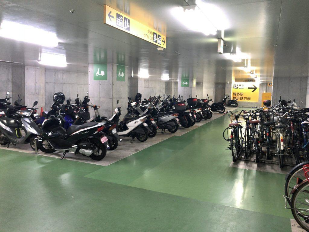 デイトスアネックス地下駐輪場