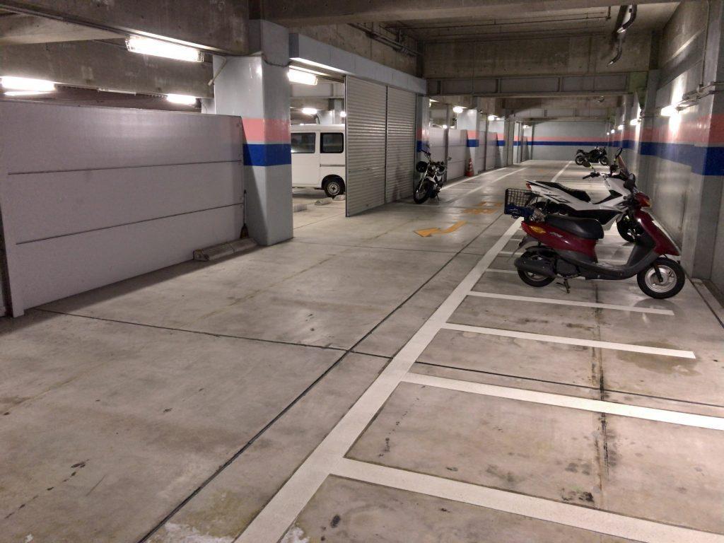 天神中央公園駐車場