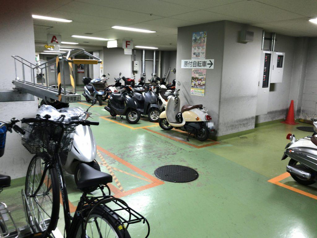 ソラリアターミナルB3F駐輪場