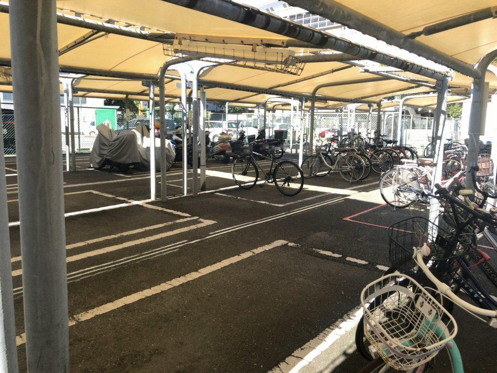 西新駅西自転車駐車場