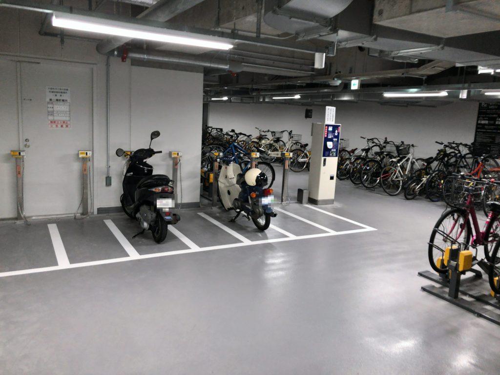 PAT都ホテル博多駐輪場、市営博多駅筑紫口駐輪場